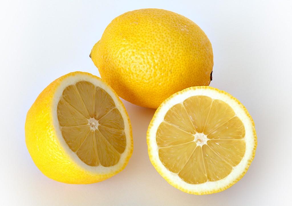 Rundum gesund: ob ganze Zitronen, Zitronenöl oder Zitronensaft