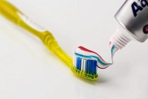 Zahnpasta - nicht nur zum Zähneputzen geeignet