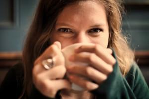 Natürliches Entgiften mit selbstgemachten Kräutertees