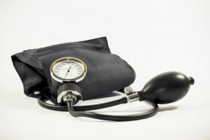 Regelmäßig deinen Blutdruck zu messen kann dein Leben retten