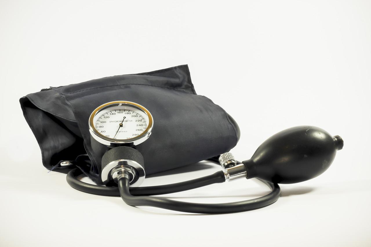 6 Frühwarnzeichen Für Einen Gefährlich Hohen Blutdruck Gesund Heute