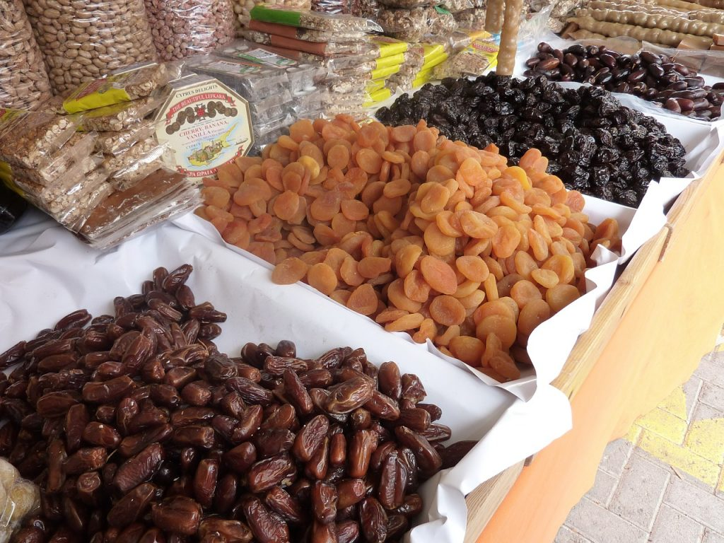 dried-fruit-394070_1280