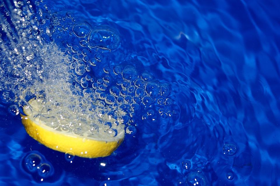 zitronewasserblau